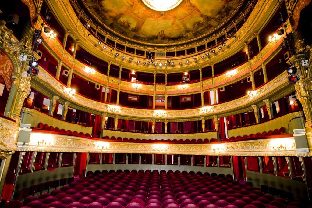 Le Théâtre du Gymnase Marie-Bell, 800 places